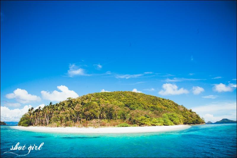 Deserted Tropical Island: Desert Island Bliss